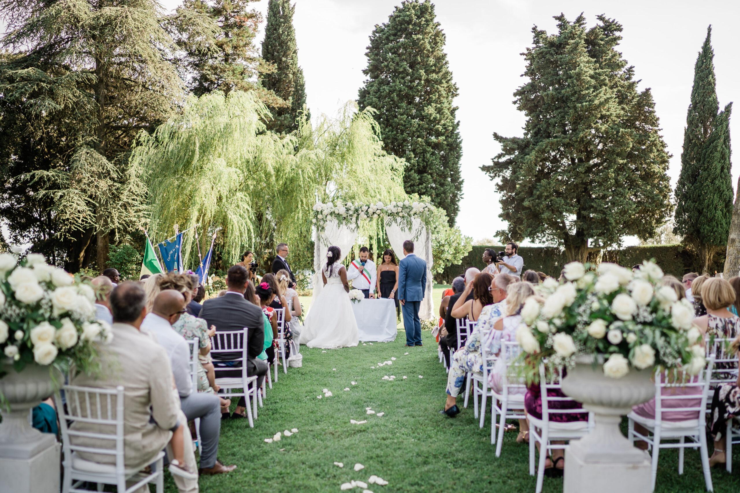 civil-wedding-ceremony-tuscany